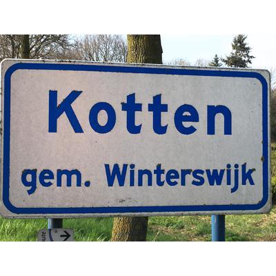 Kotten, gem. Winterswijk, knapp 3 km von der Grenze entfernt